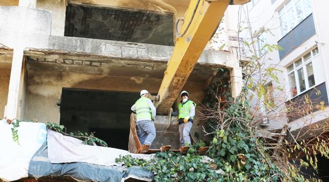 Kartal'da Metruk Binalar Yıkıldı! Kent Nefes Aldı